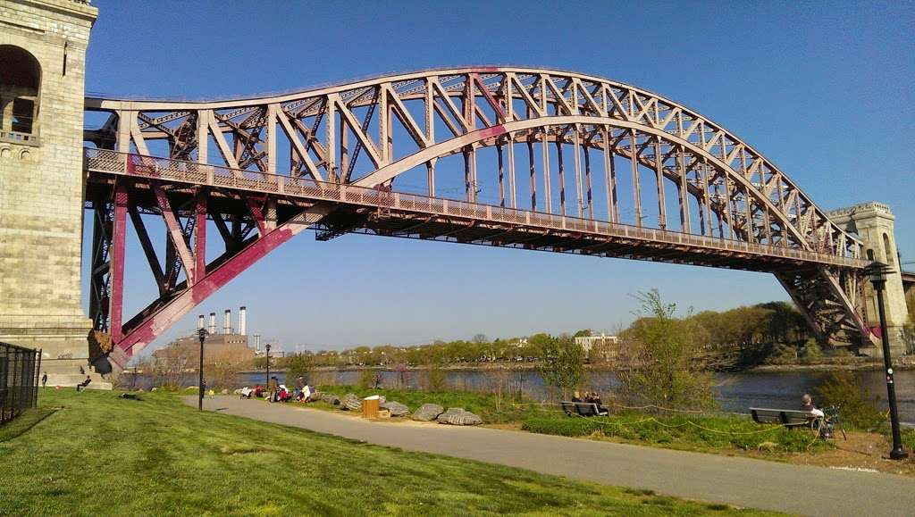 Ralph Demarco Park - park    Photo 1 of 10   Address: Shore Blvd, Queens, NY 11105, USA   Phone: (212) 639-9675