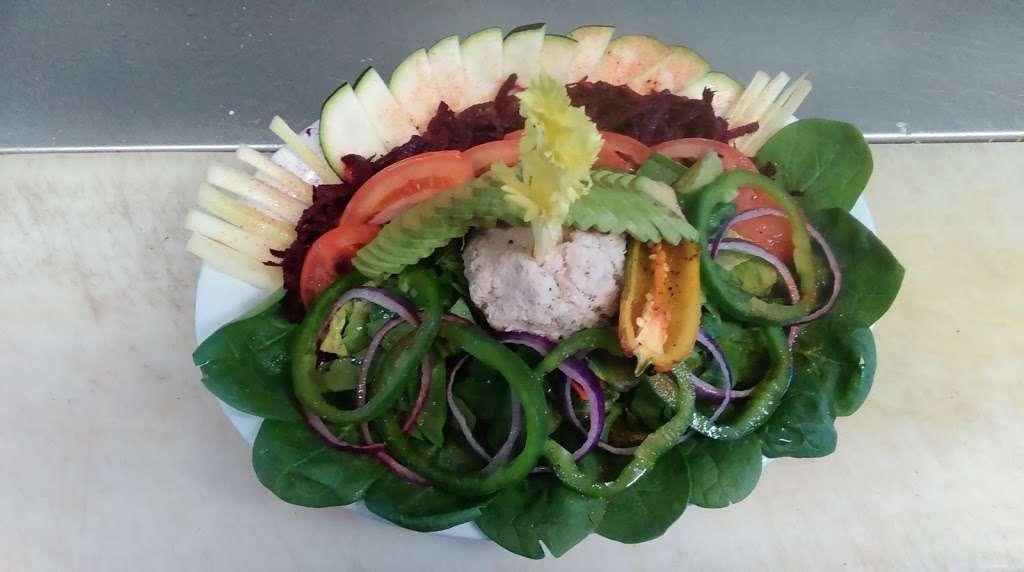 Sams Burgers - restaurant    Photo 6 of 10   Address: 8505 Telegraph Rd, Pico Rivera, CA 90660, USA   Phone: (562) 869-1482