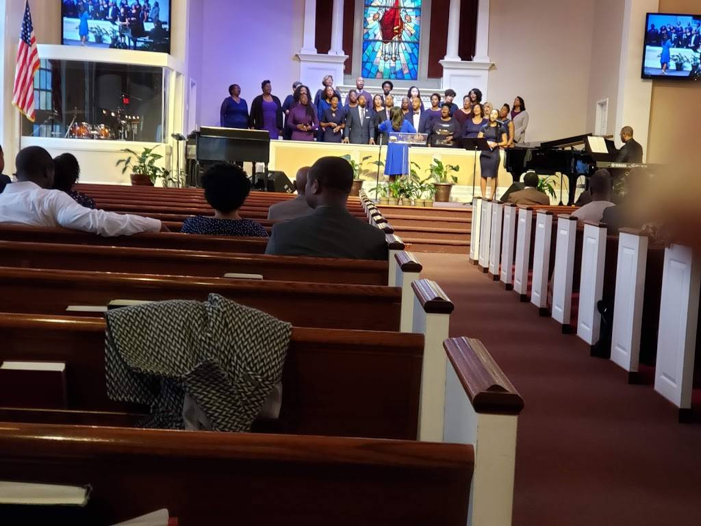 Community Praise Church - church  | Photo 2 of 10 | Address: 1400 Russell Rd, Alexandria, VA 22301, USA | Phone: (703) 548-5998