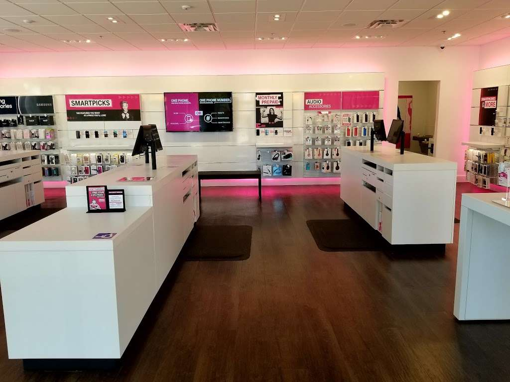 T Mobile 1465 W Whittier Blvd La Habra Ca 90631 Usa