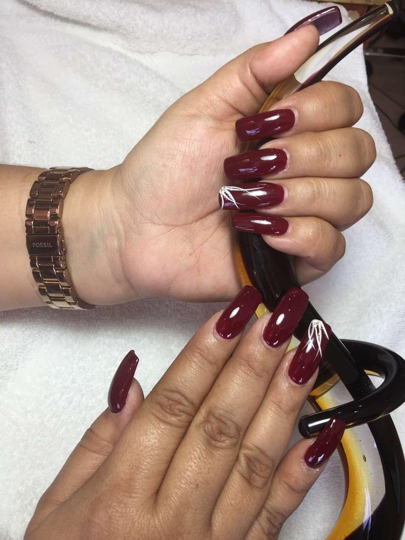 Golden Nails & Spa - spa  | Photo 4 of 10 | Address: 8245 Mills Rd, Houston, TX 77064, USA | Phone: (832) 688-5884