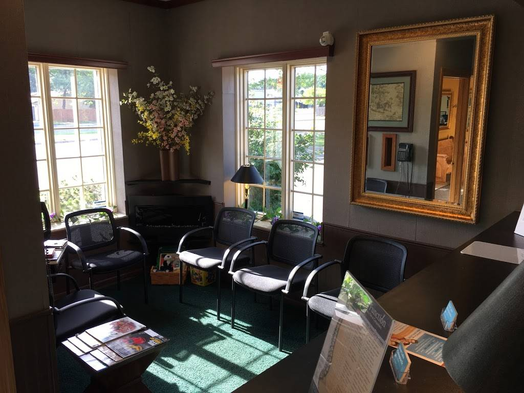 Silver Lake Chiropractic - health  | Photo 4 of 4 | Address: 2030 Silver Lake Rd NW, New Brighton, MN 55112, USA | Phone: (651) 633-4938