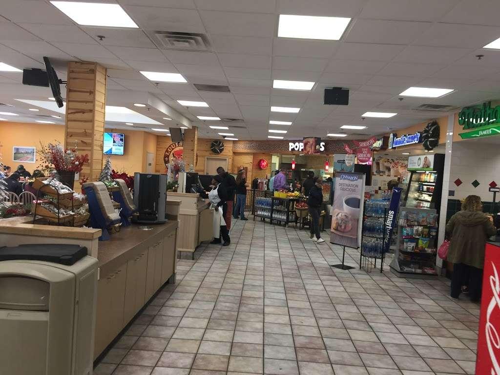 Nathans Famous - restaurant  | Photo 3 of 8 | Address: 116E NJ Tpke, Ridgefield, NJ 07657, USA | Phone: (201) 943-1171
