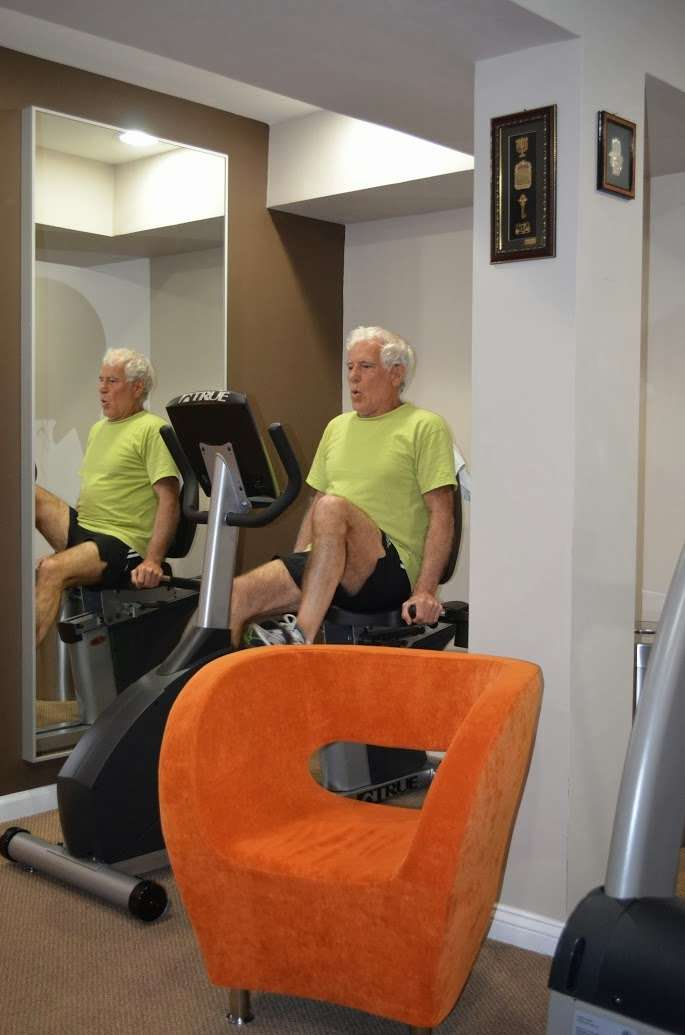 Apex Physical Therapy & Rehabilitation - health  | Photo 4 of 10 | Address: 986 East End, Woodmere, NY 11598, USA | Phone: (516) 522-0244