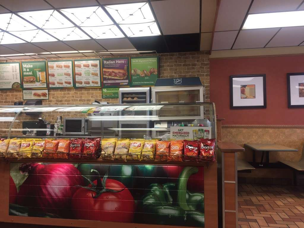 Subway Restaurants 3180 Pa 611 Bartonsville Pa 18321 Usa