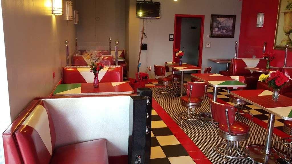 La Belle Monique - restaurant  | Photo 1 of 10 | Address: 937 S State Rd 7, Plantation, FL 33317, USA | Phone: (954) 587-0304