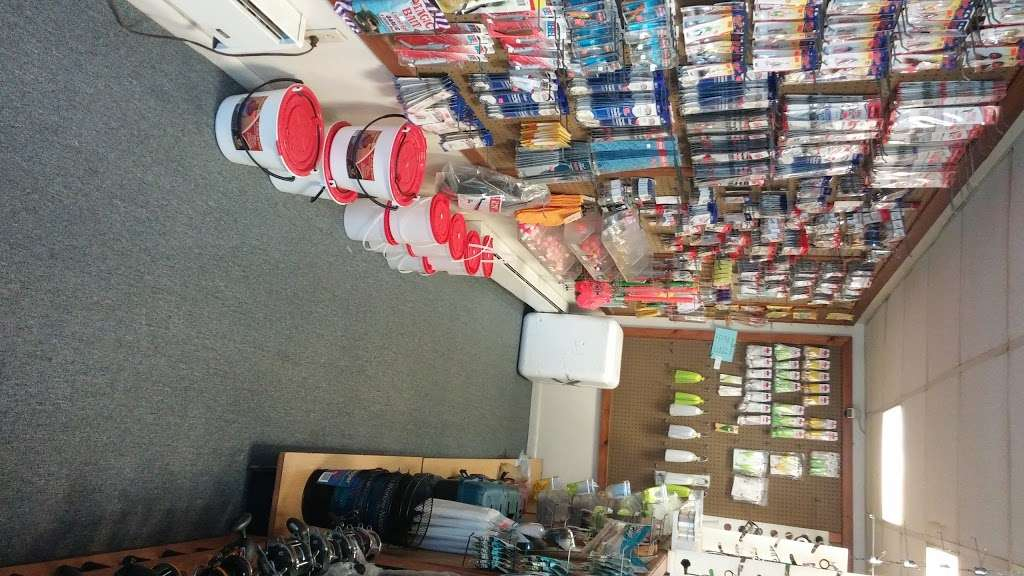 Bowleys Bait & Tackle Inc - store  | Photo 3 of 10 | Address: 2917 Eastern Blvd, Baltimore, MD 21220, USA | Phone: (410) 687-2107