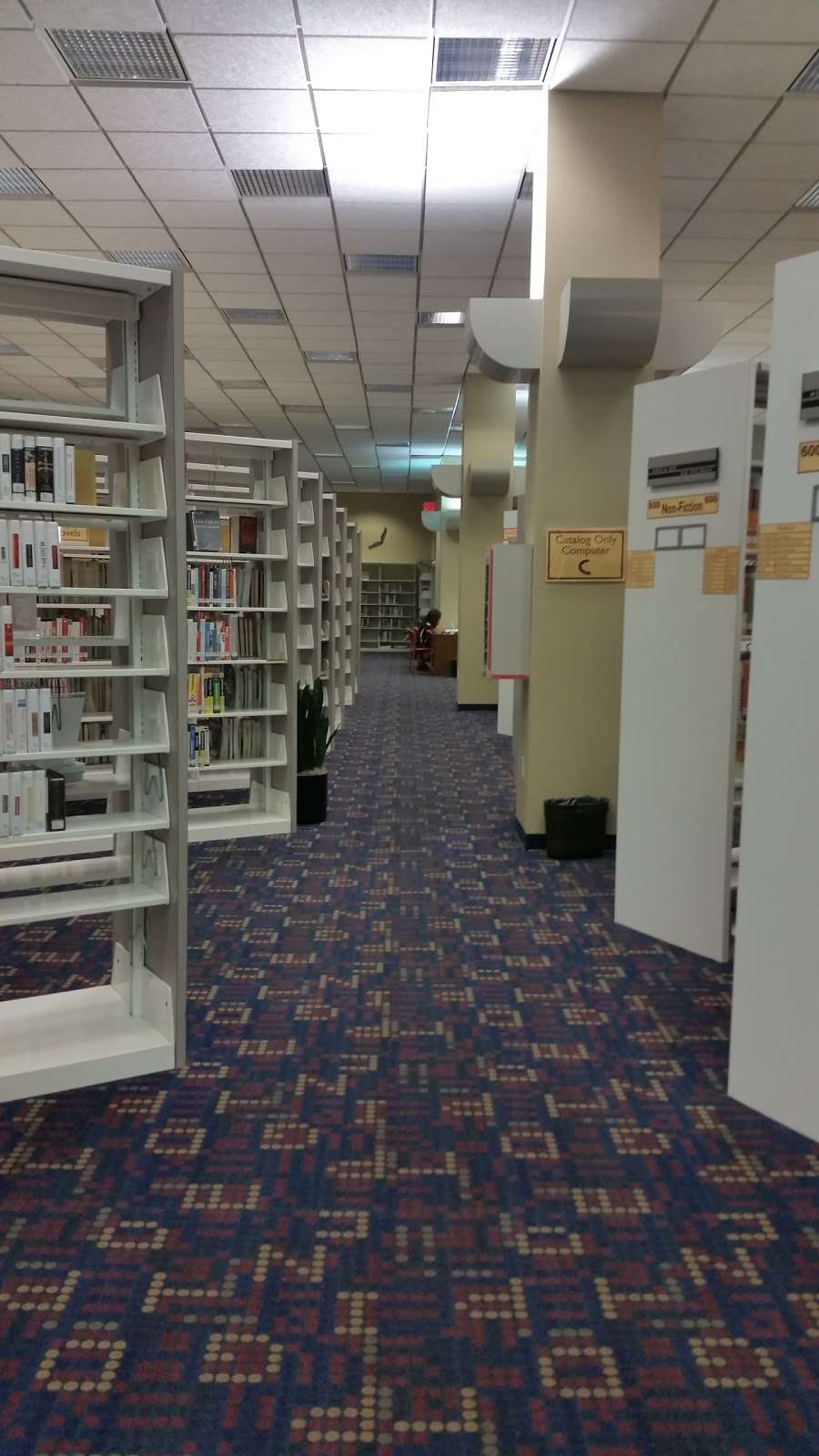 Sterling Municipal Library - library  | Photo 6 of 9 | Address: 4258, 1 Mary Elizabeth Wilbanks Ave, Baytown, TX 77520, USA | Phone: (281) 427-7331