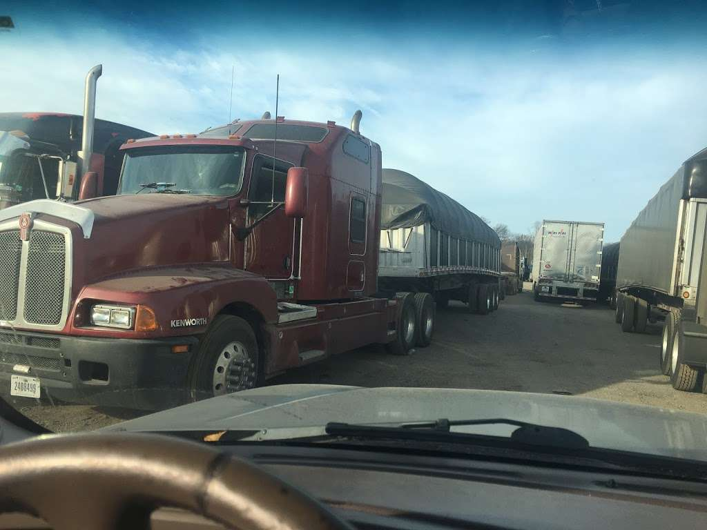 Macer Truck and Trailer Repair Shop - car repair  | Photo 9 of 10 | Address: 7800 Melton Rd, Gary, IN 46403, USA | Phone: (219) 746-4487