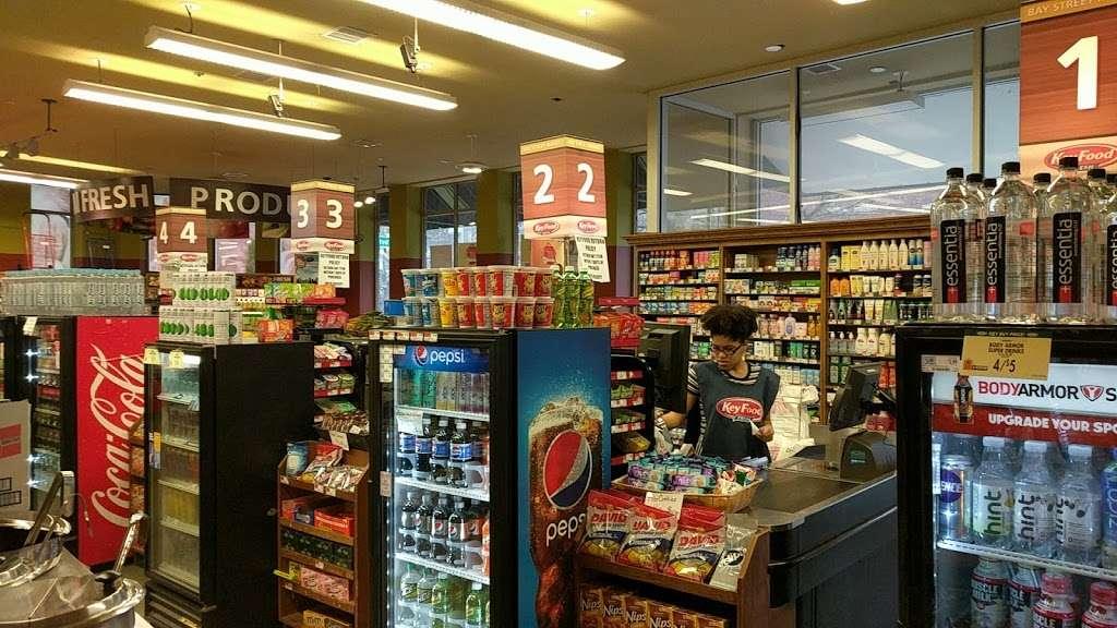 Key Food Supermarkets - supermarket  | Photo 8 of 10 | Address: 155 Bay St, Staten Island, NY 10301, USA | Phone: (718) 442-3537