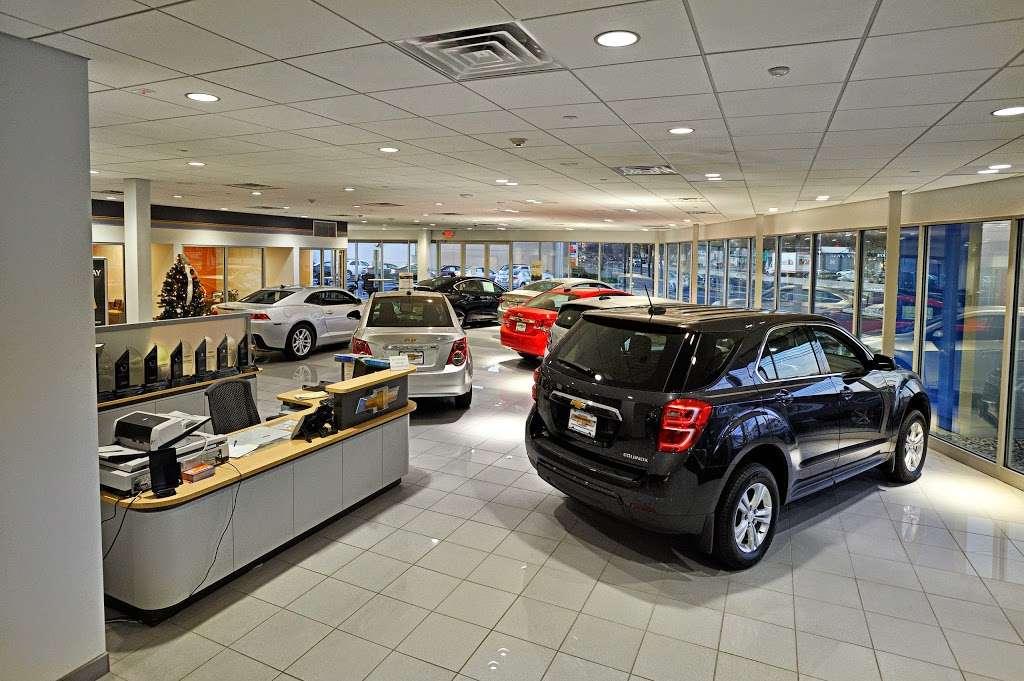 Paramus Chevrolet - car repair  | Photo 1 of 10 | Address: 194 NJ-17, Paramus, NJ 07652, USA | Phone: (844) 678-4815