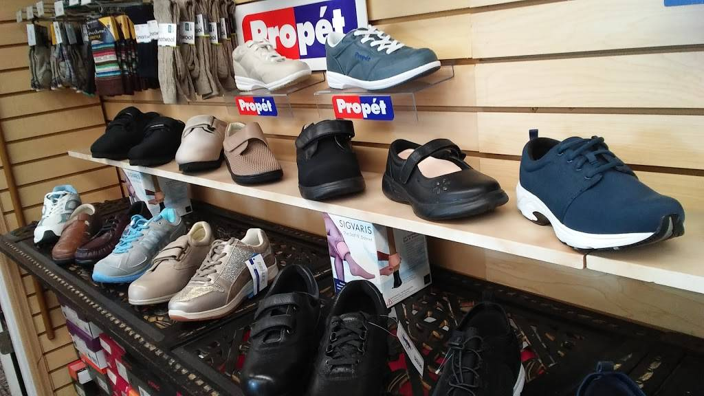 Rosendahl Foot & Shoe Center - shoe store  | Photo 7 of 9 | Address: 125 S Curtis Rd, Boise, ID 83705, USA | Phone: (208) 343-4242