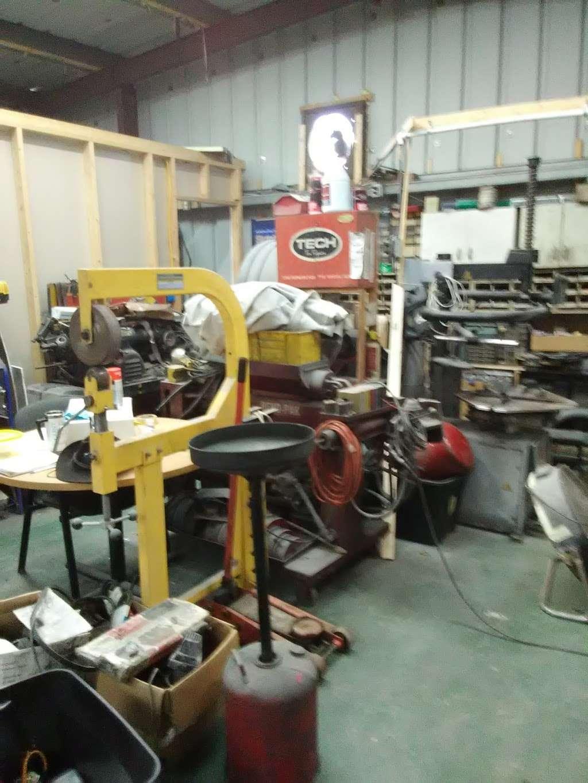 MrCs Automotive Repair And Restoration - car repair  | Photo 8 of 10 | Address: 114 E 12th St, Salisbury, NC 28144, USA | Phone: (336) 554-5501