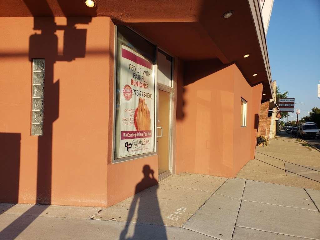 Podiatry Plus - shoe store  | Photo 4 of 10 | Address: 6560 W Higgins Ave, Chicago, IL 60656, USA | Phone: (773) 775-0300