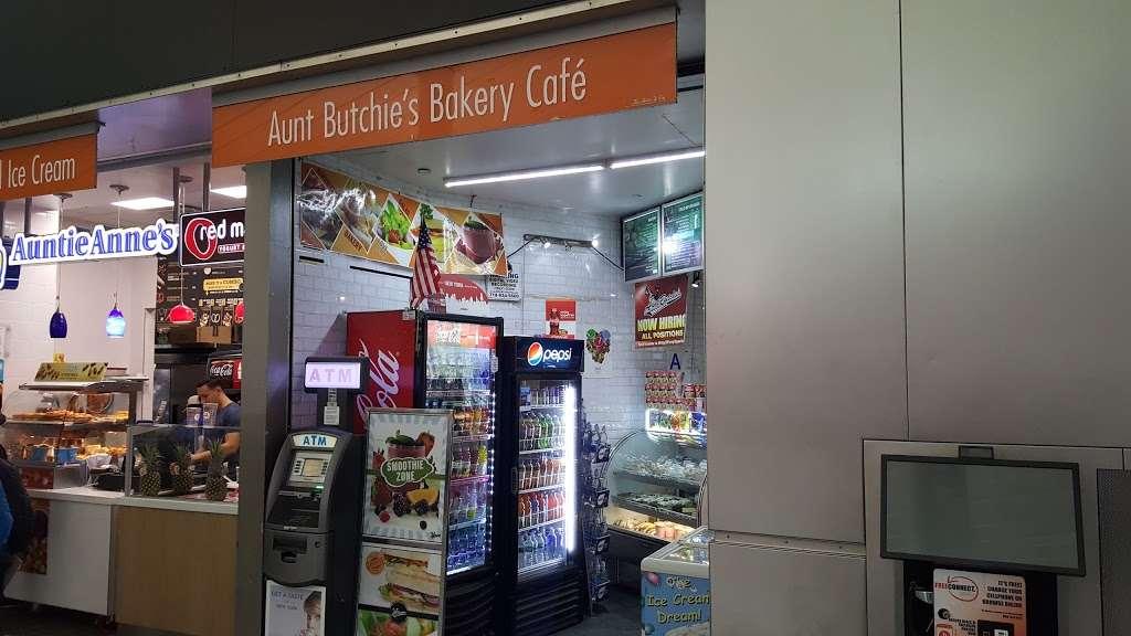 Aunt Butchies Bakery Café - bakery  | Photo 3 of 4 | Address: 4 South St, New York, NY 10004, USA | Phone: (212) 742-2787