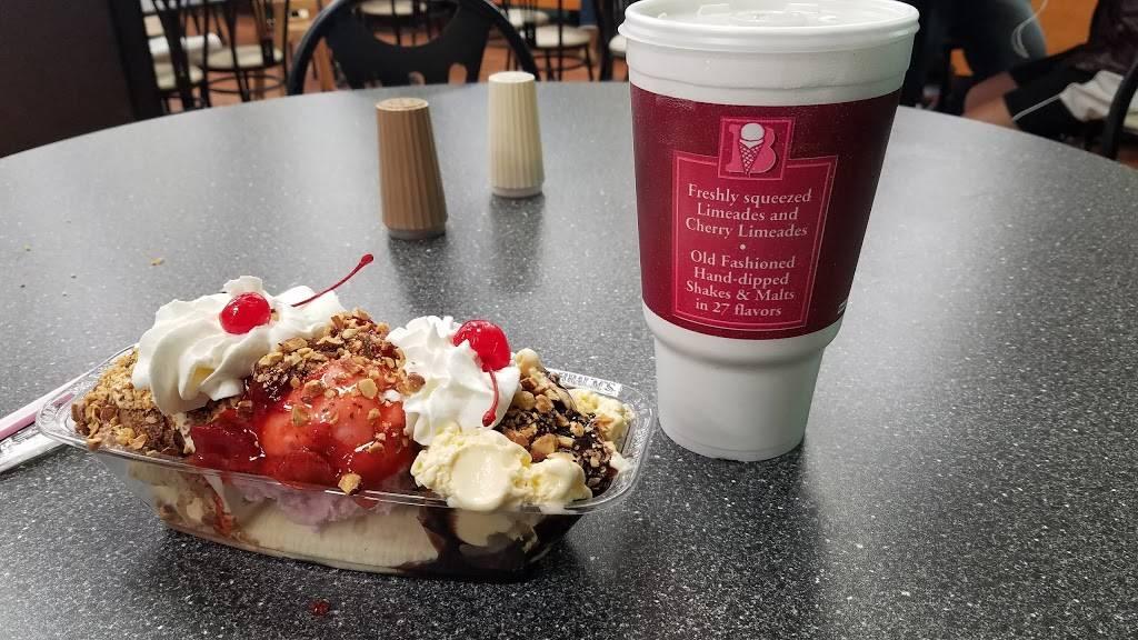 Braums Ice Cream & Burger Restaurant - restaurant  | Photo 5 of 9 | Address: 11415 E 96th St N, Owasso, OK 74055, USA | Phone: (918) 272-4770