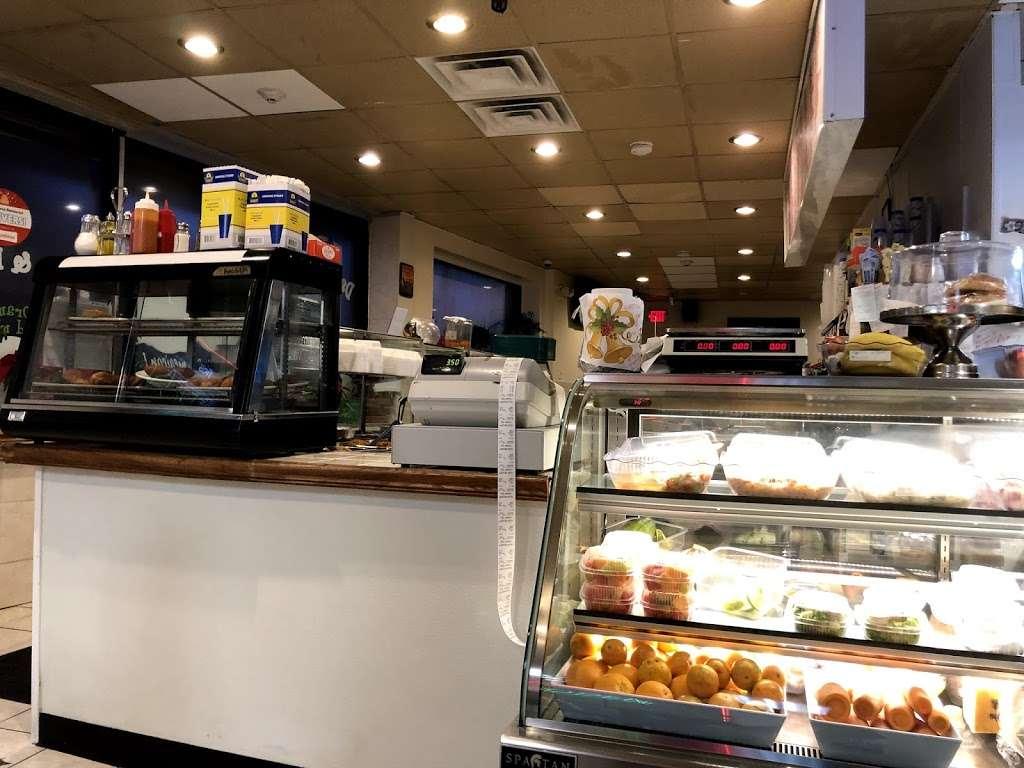 Las Americas - restaurant  | Photo 1 of 10 | Address: 381 Summit Ave, Jersey City, NJ 07306, USA | Phone: (201) 963-4829