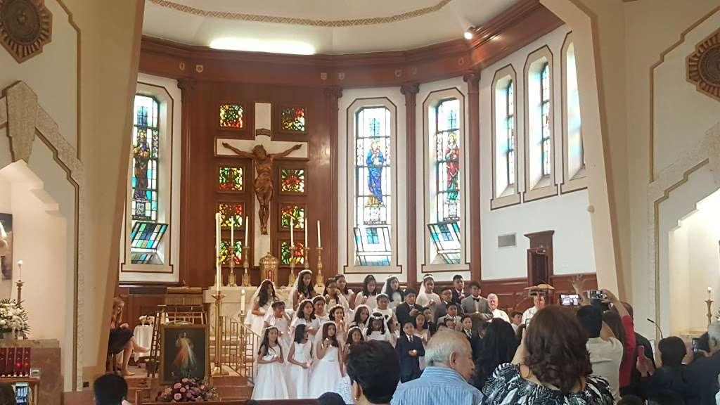 St Marys Winfield - church  | Photo 7 of 10 | Address: 70-31 48th Ave, Woodside, NY 11377, USA | Phone: (718) 672-4848