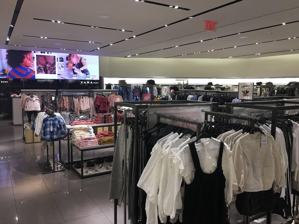 ZARA - clothing store    Photo 5 of 7   Address: FASHION SHOW MALL, 3200 S Las Vegas Blvd, Las Vegas, NV 89109, USA   Phone: (702) 733-1113