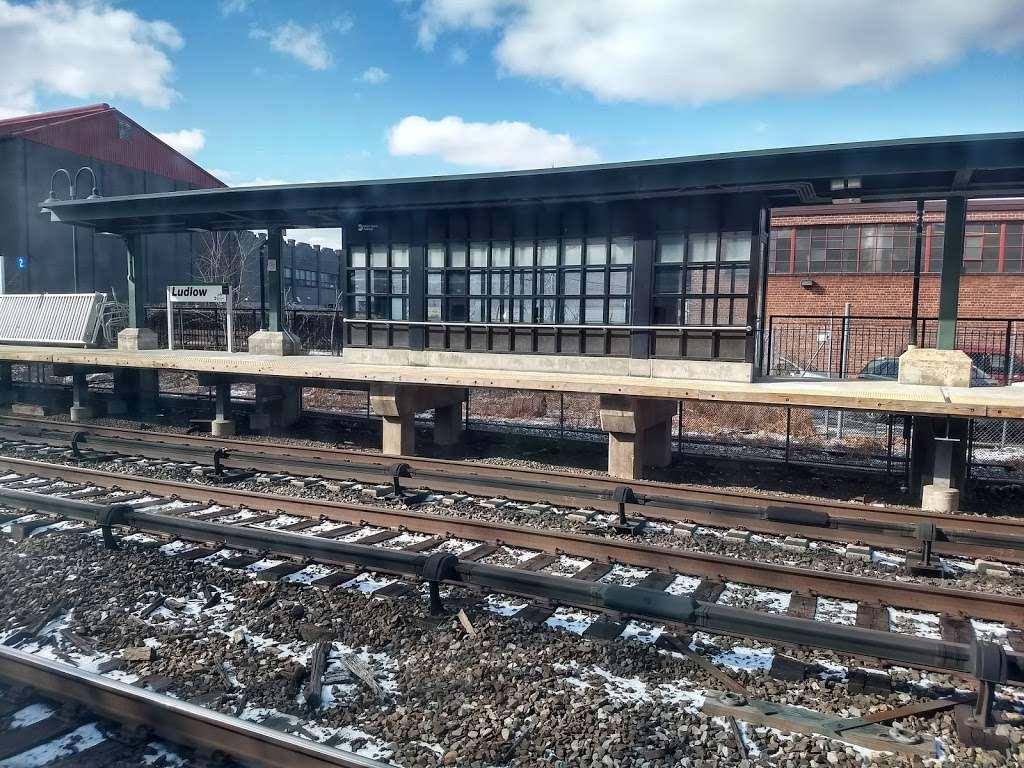 Ludlow - train station    Photo 2 of 10   Address: Yonkers, NY 10705, USA