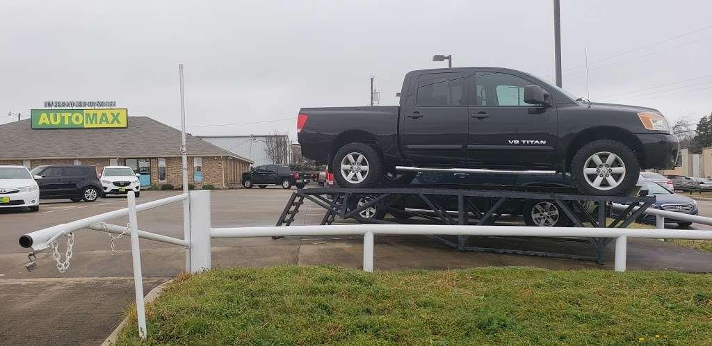 Automax Desoto - car dealer    Photo 4 of 7   Address: 701 S Interestate 35 E, DeSoto, TX 75115, USA   Phone: (972) 528-9099