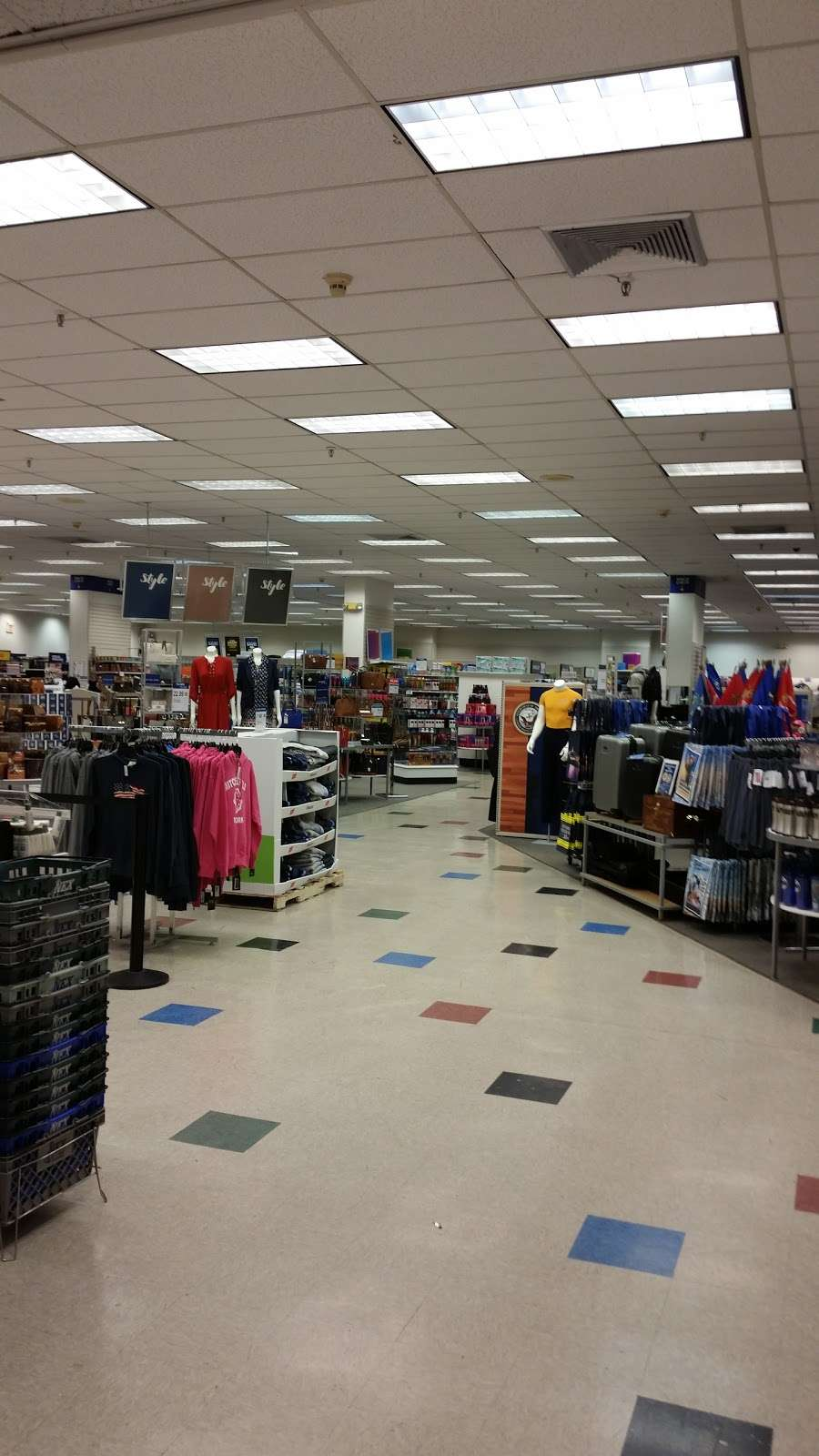 US Navy Exchange - department store  | Photo 3 of 9 | Address: 16 Mitchell Field, Garden City, NY 11530, USA | Phone: (516) 222-1293