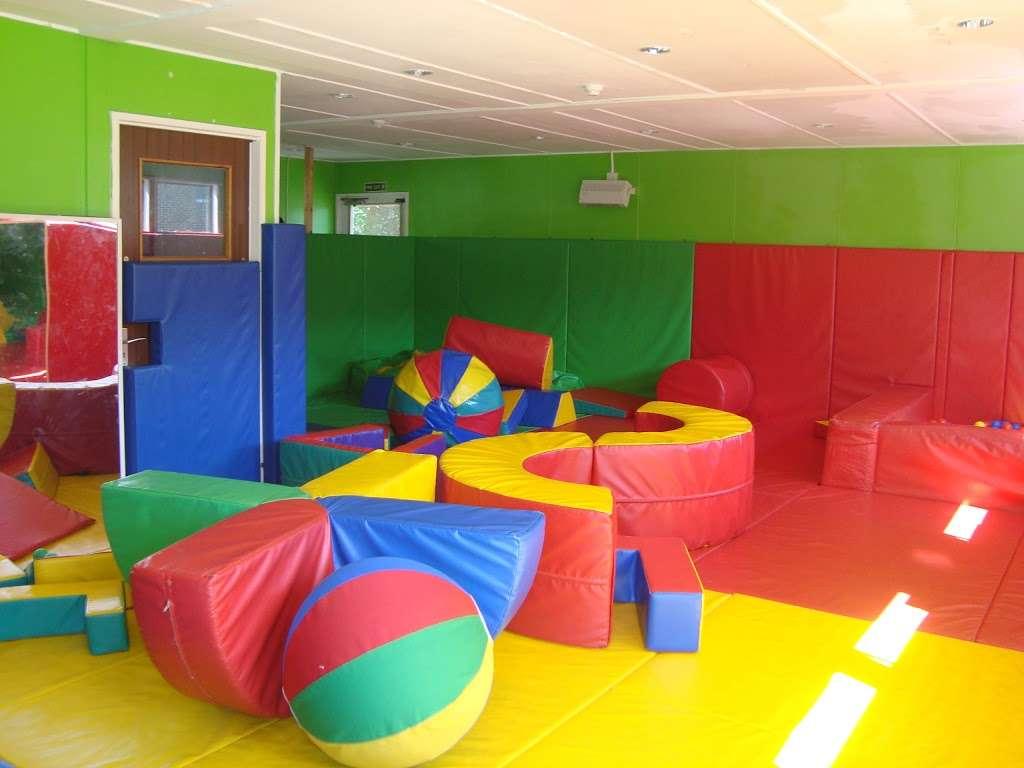 Corbets Tey School - school  | Photo 1 of 8 | Address: Harwood Hall Lane, Upminster, Essex RM14 2YQ, UK | Phone: 01708 225888
