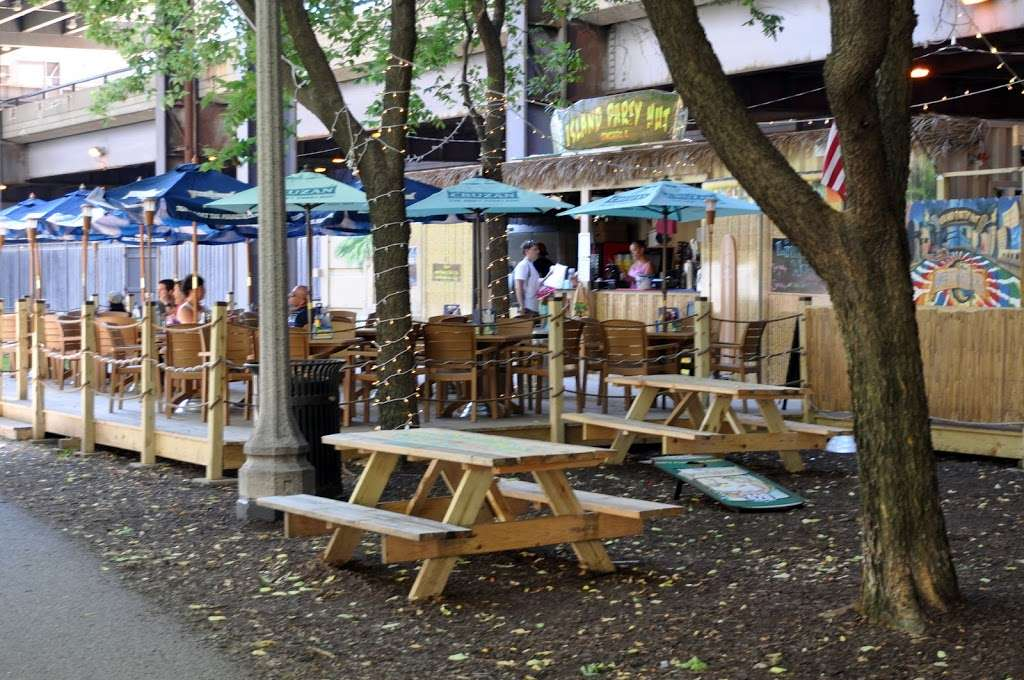 Island Party Hut - restaurant  | Photo 6 of 10 | Address: 355 Chicago Riverwalk, Chicago, IL 60601, USA | Phone: (312) 600-0488