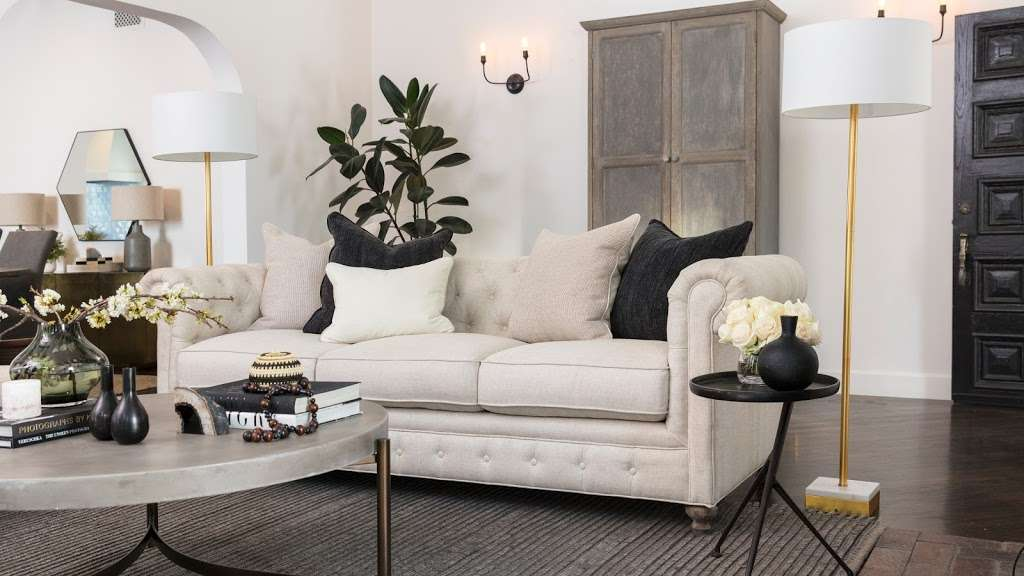 Living Spaces Furniture Store 6912 Edinger Ave Huntington Beach