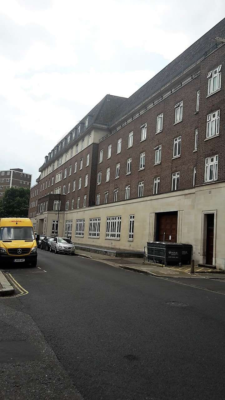 Gilmour House - lodging  | Photo 5 of 6 | Address: 42 Kennington Ln, Lambeth, London SE11 4LS, UK
