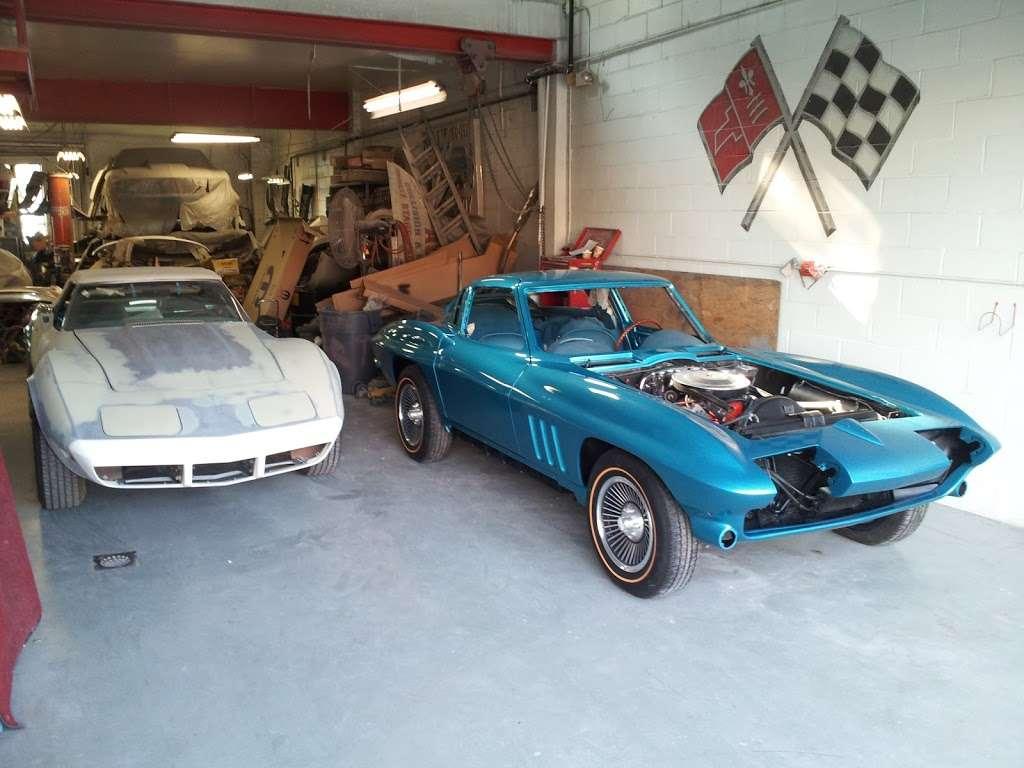 Bills Auto Body - car repair  | Photo 1 of 8 | Address: 45 Bergen Blvd, Fairview, NJ 07022, USA | Phone: (201) 941-3930
