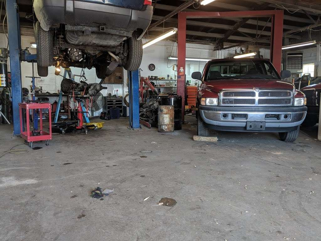 BA Auto Works - car repair  | Photo 5 of 10 | Address: 3557 Baltimore Pike, Littlestown, PA 17340, USA | Phone: (717) 778-7888