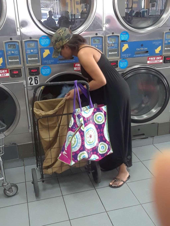 Clean Rite Center 24 HOURS - laundry    Photo 9 of 10   Address: 1332 Flatbush Ave, Brooklyn, NY 11210, USA   Phone: (718) 434-4627