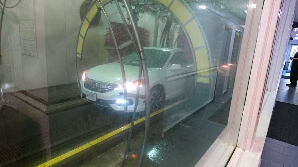Embassy Autowash - car wash  | Photo 4 of 10 | Address: 10874 Fairfax Blvd, Fairfax, VA 22030, USA | Phone: (703) 273-5650