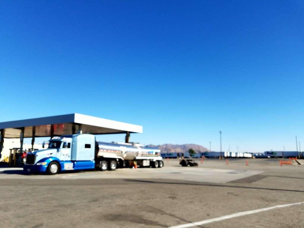 FedEx Ground - moving company  | Photo 6 of 10 | Address: 11600 Cactus Ave, Bloomington, CA 92316, USA | Phone: (800) 463-3339
