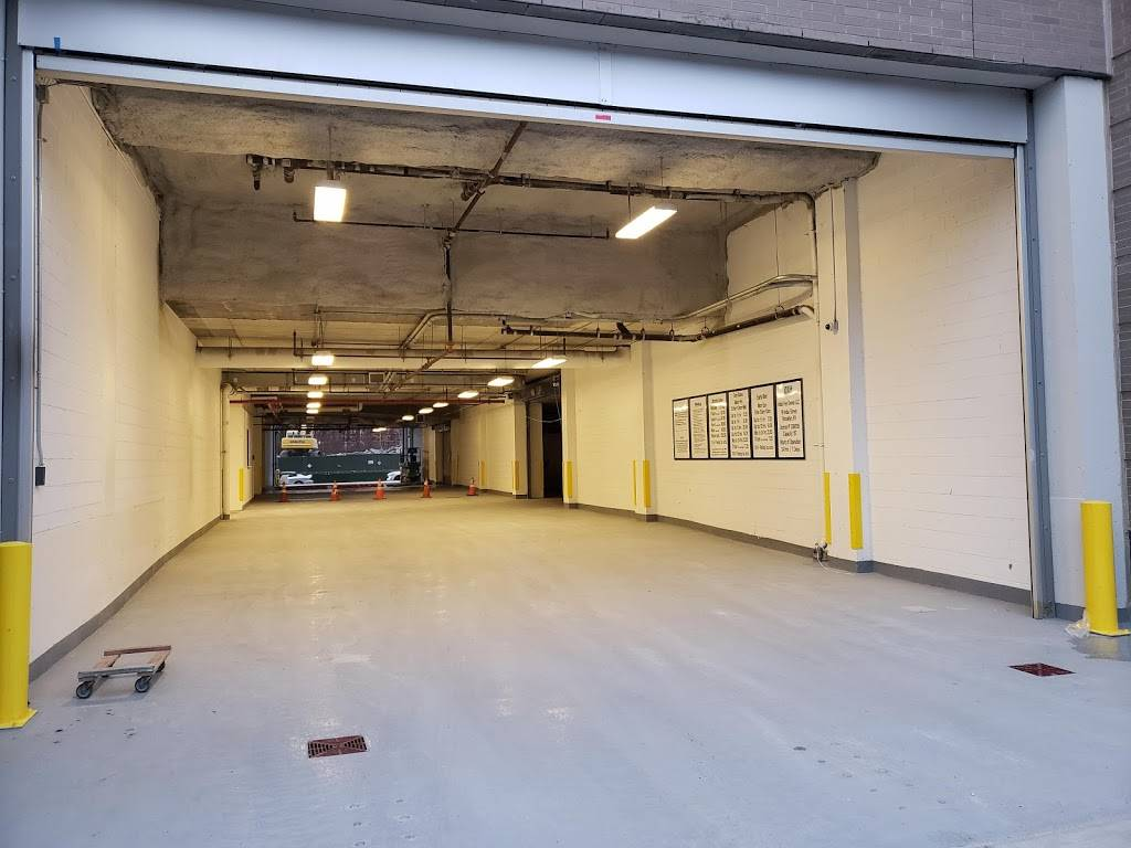 MPG Parking - parking    Photo 1 of 8   Address: 21 India St, Brooklyn, NY 11222, USA   Phone: (347) 916-1270