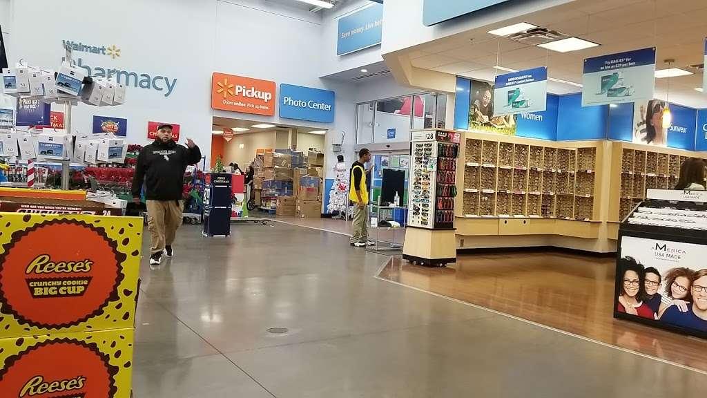 3d0273d92523 Walmart Supercenter - Department store | 1100 5th Ave, Hammond, IN ...