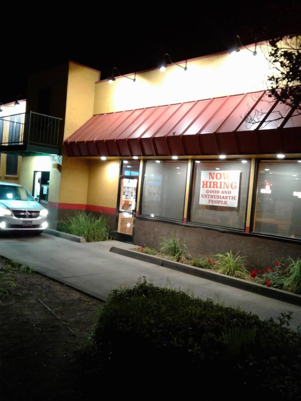 Popeyes Louisiana Kitchen - restaurant  | Photo 3 of 7 | Address: 901 El Camino Ave, Sacramento, CA 95815, USA | Phone: (916) 564-2778