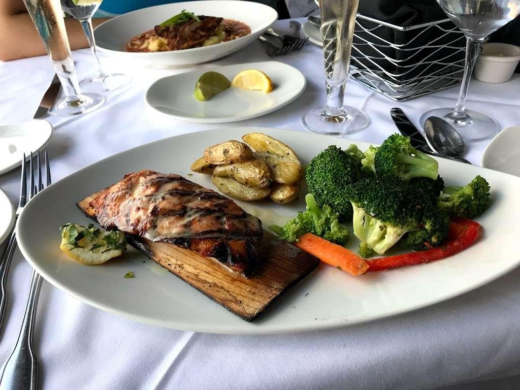 Chart House - restaurant  | Photo 9 of 10 | Address: Lincoln Harbor Pier D-T, Weehawken, NJ 07086, USA | Phone: (201) 348-6628