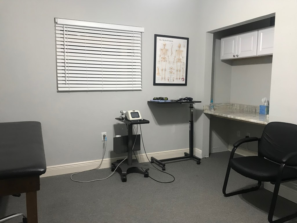 Seminole Spine Chiropractic - doctor  | Photo 2 of 10 | Address: 8400 113th St, Seminole, FL 33772, USA | Phone: (727) 201-4549