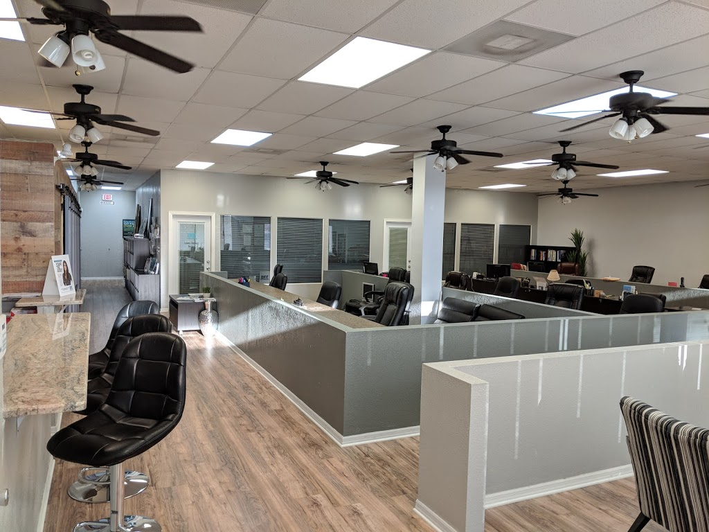 Selling South Tampa Team - real estate agency  | Photo 2 of 10 | Address: 5801 S Dale Mabry Hwy, Tampa, FL 33611, USA | Phone: (813) 294-1420