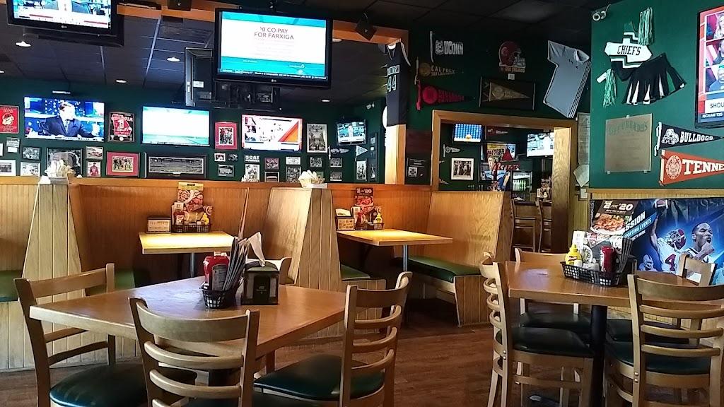 Beef O Bradys - restaurant  | Photo 3 of 10 | Address: 100 Peachtree Pkwy N Suite 18, Peachtree City, GA 30269, USA | Phone: (770) 486-1860
