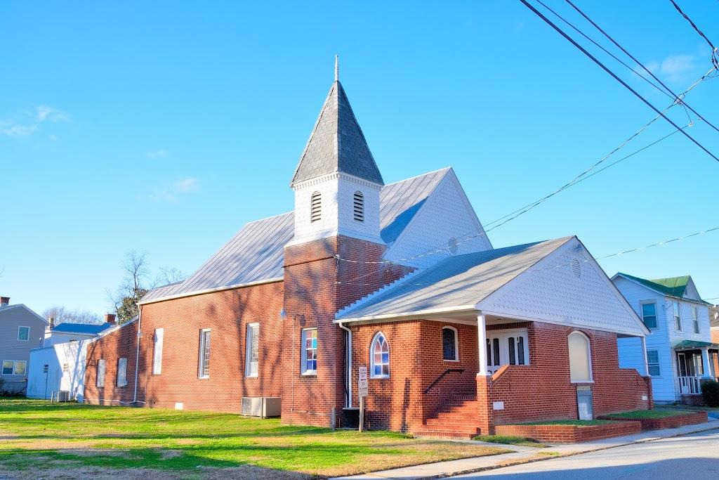 Macedonia AME Church - church  | Photo 1 of 8 | Address: 127 Pine St, Suffolk, VA 23434, USA | Phone: (757) 539-4502