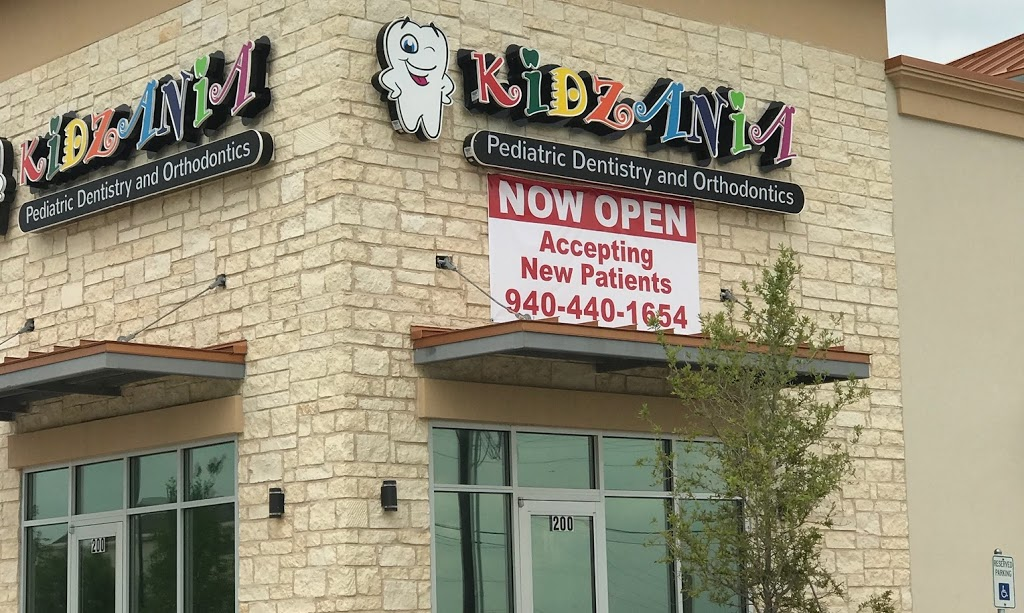 Kidzania Pediatric Dentistry and Orthodontics - dentist  | Photo 2 of 10 | Address: 26785 E University Dr #200, Aubrey, TX 76227, USA | Phone: (940) 440-1694