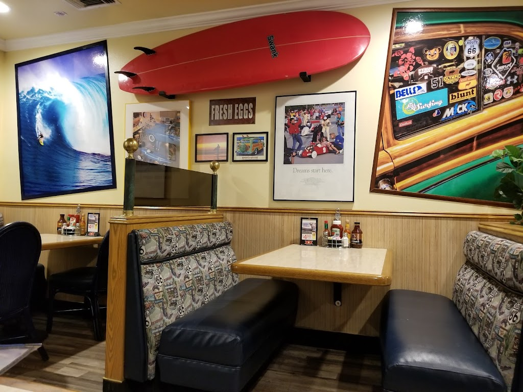 Woodys Classic Grill - restaurant  | Photo 8 of 10 | Address: 22400 Barton Rd Suite #1, Grand Terrace, CA 92313, USA | Phone: (909) 422-1100