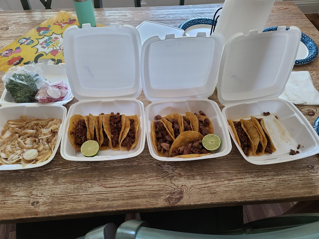 tacos el compa - restaurant  | Photo 8 of 10 | Address: 1534 E Reno Rd, Azle, TX 76020, USA | Phone: (682) 203-5218