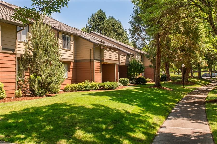 Kings Court Apartments - real estate agency  | Photo 8 of 10 | Address: 16300 SW Estuary Dr, Beaverton, OR 97006, USA | Phone: (844) 672-5187