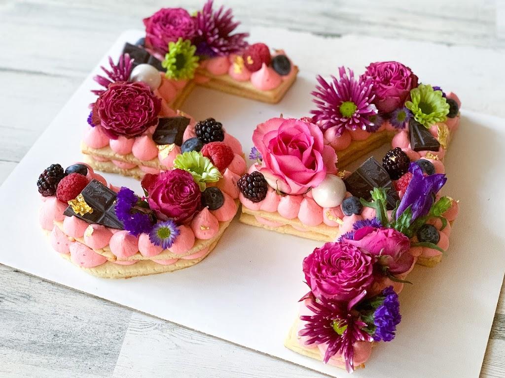 Sweet Things Bakery - bakery  | Photo 5 of 10 | Address: Mansfield, TX 76063, USA | Phone: (817) 608-6110