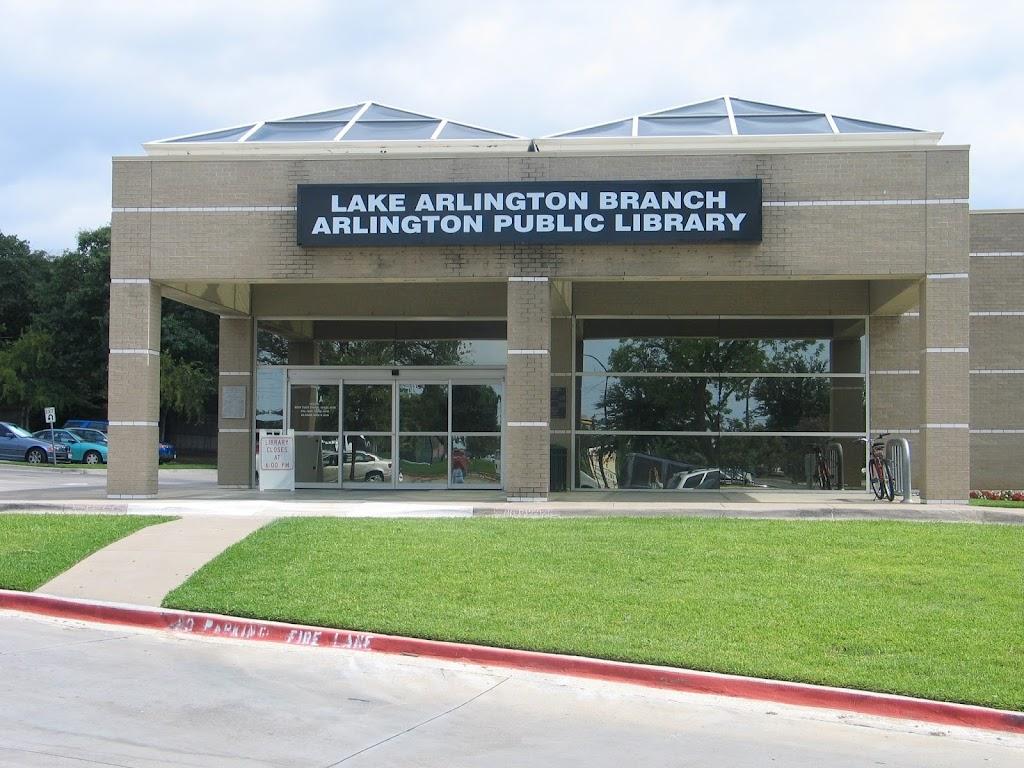 Arlington Public Library - Lake Arlington Branch - library  | Photo 1 of 7 | Address: 4000 W Green Oaks Blvd, Arlington, TX 76016, USA | Phone: (817) 459-6900