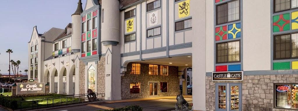 Castle Inn & Suites - lodging  | Photo 1 of 10 | Address: 1734 S Harbor Blvd, Anaheim, CA 92802, USA | Phone: (714) 774-8111